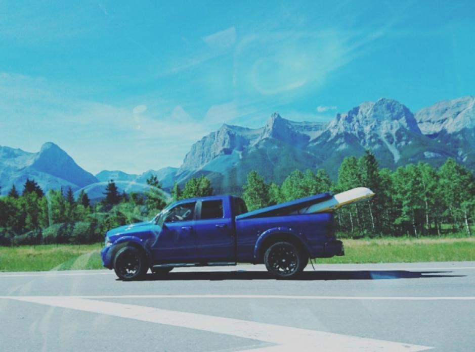 キャンプやアウトドアに活躍できる人気の車をご紹介!