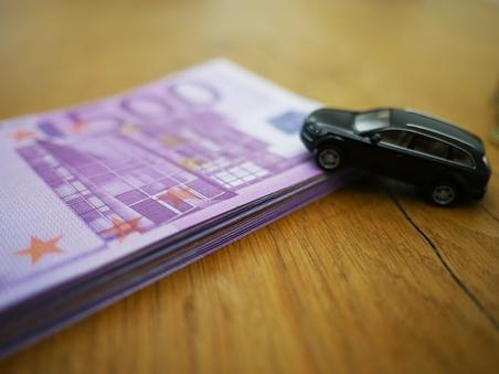 自動車の購入検討層が増加?!